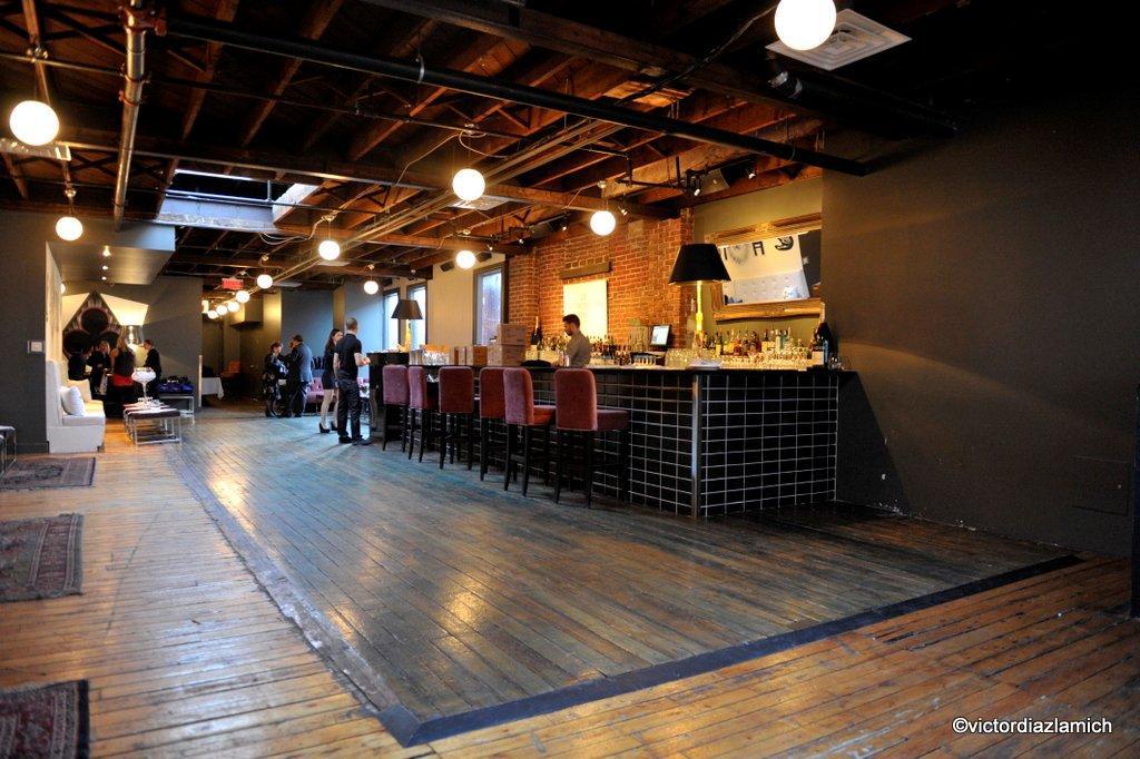 Marianik strat gie m dias sociaux montr al quebec canada - Bar le loft montreal ...