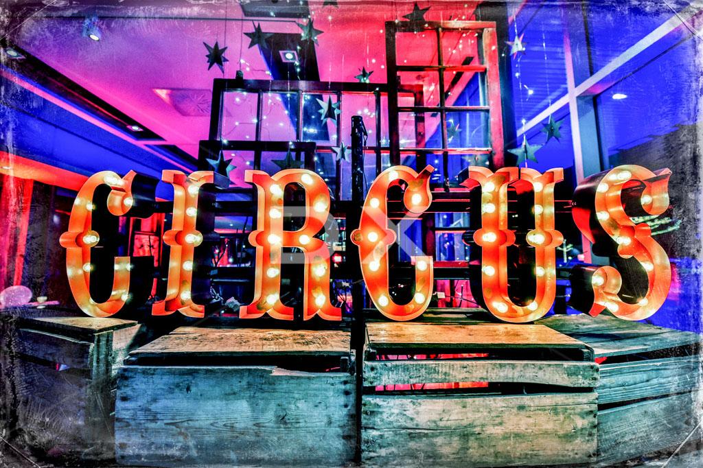 circus-sign
